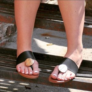 Shoes - Disc Thong Sandals Black